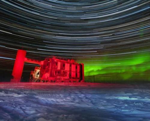!!!!!AntarcticaScientistsConfirmNeutrinos1